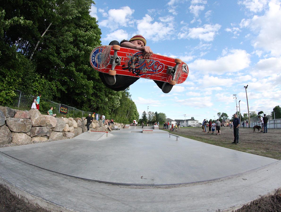2014-12-demonstration-skateboard-wendake