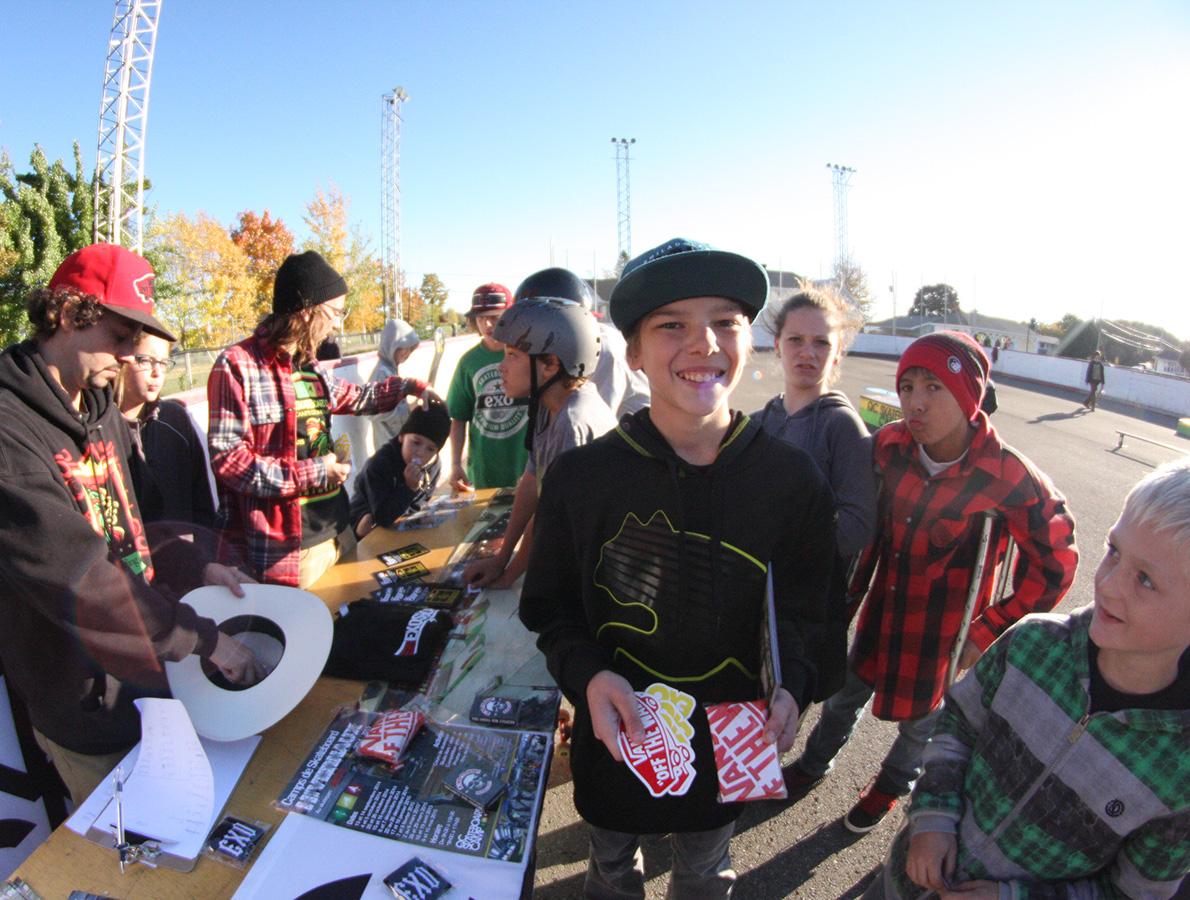 2014-19-cours-initiation-skateboard-cadeaux