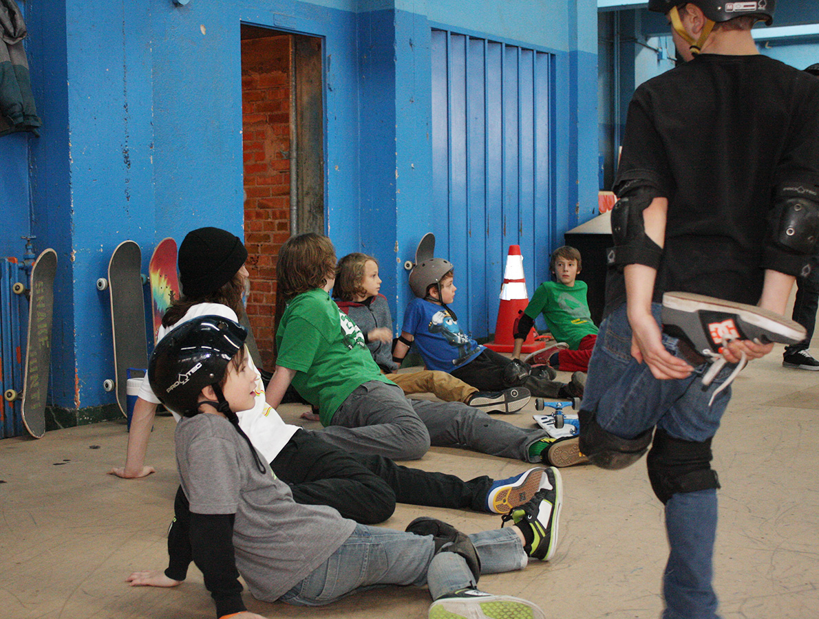 2014-étirements-camp-skate-anti-skateparc-2