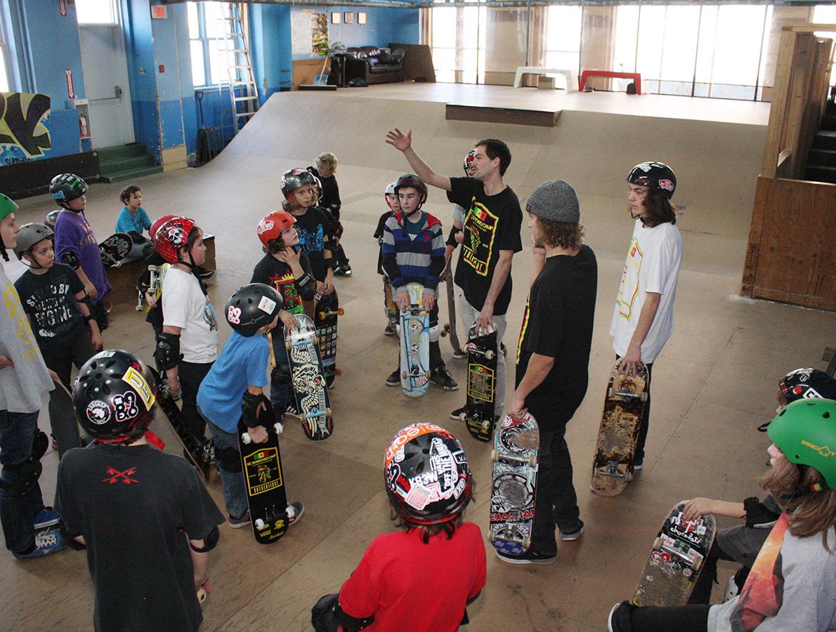 2014-groupe-camp-hivernaux-anti-skateparc-1